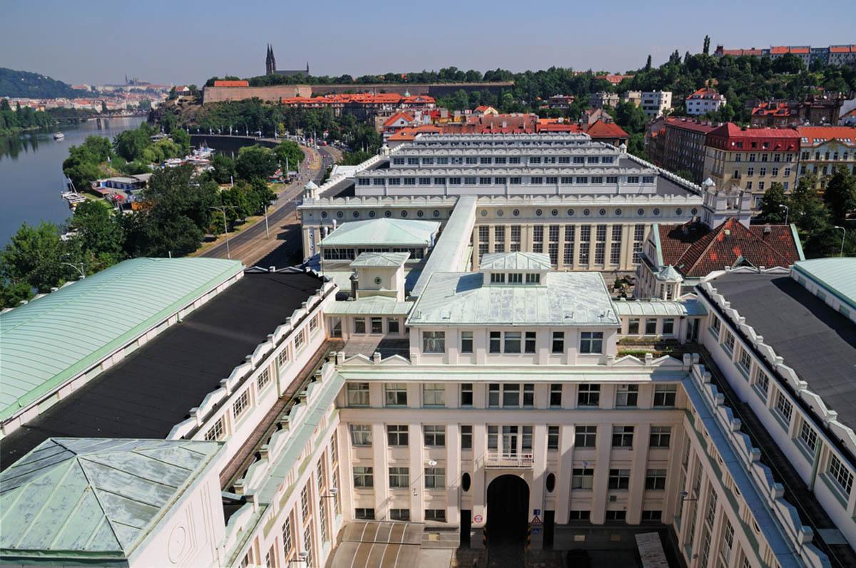 Rada hlavního město Prahy schválila harmonogram o odkupu akcií Pražských vodovodů a kanalizací od společnosti Veolia