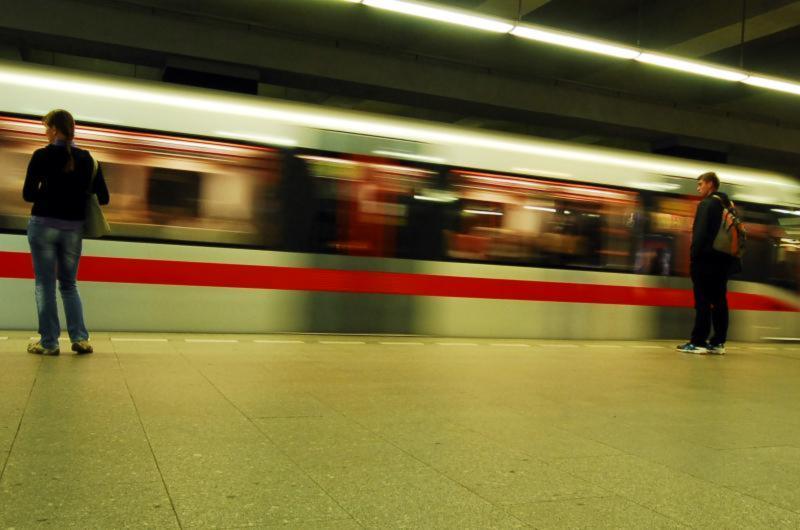 První mobilní signál je na lince metra C