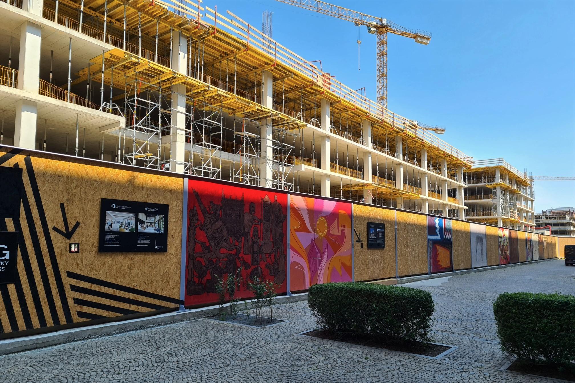 Návrh ČSSD má za cíl snížit ceny bytů, avšak naráží na mnohá úskalí… (Bytová politika, I.)
