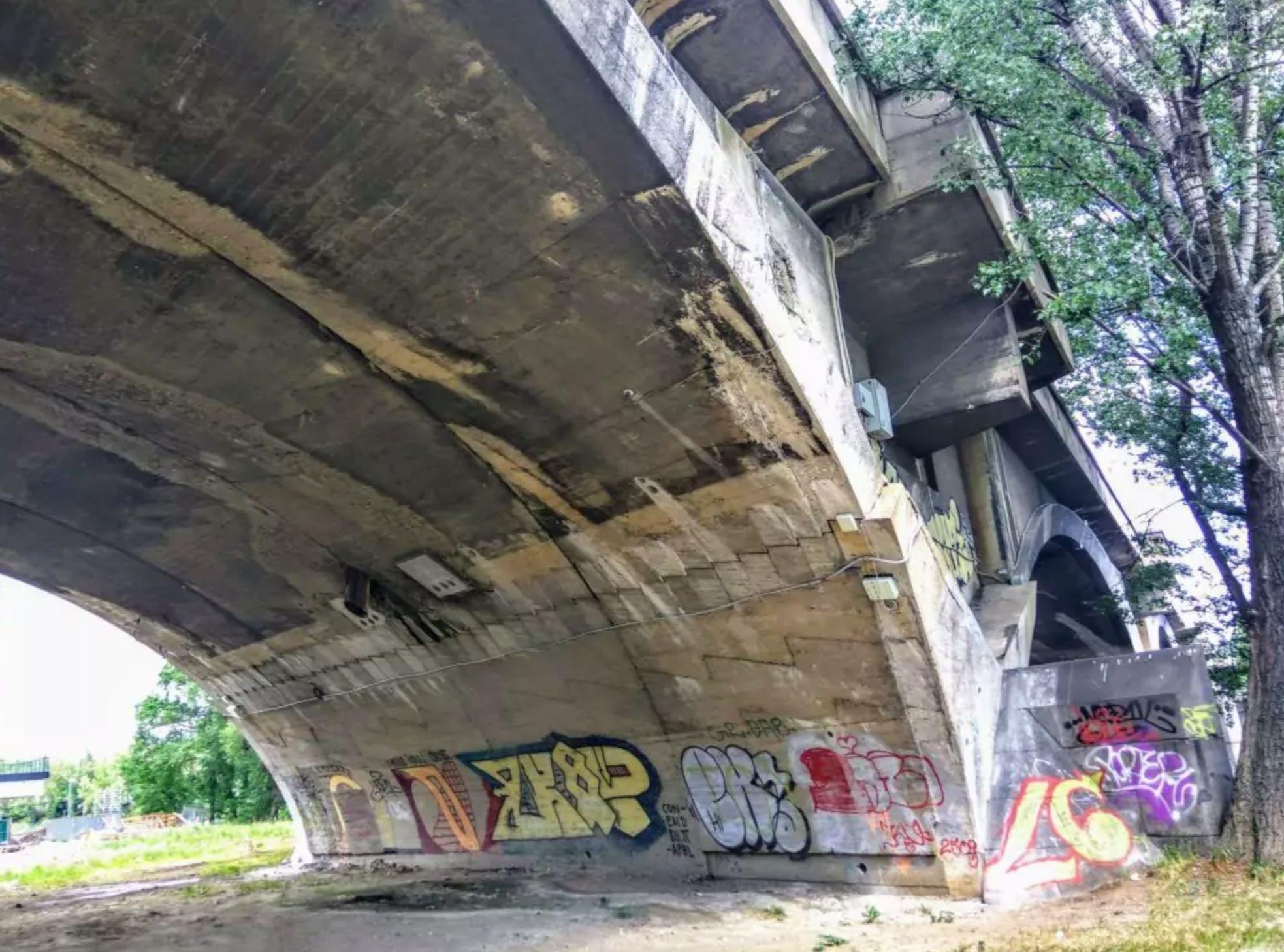 Pochybná oprava Libeňského mostu schválená během koronavirové epidemie?