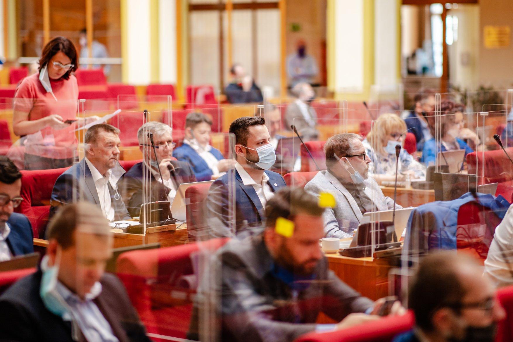 Jaké jsou skutečné priority pražské koalice?